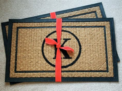 Personalized Doormat by Diy Monogrammed Doormat Hgtv