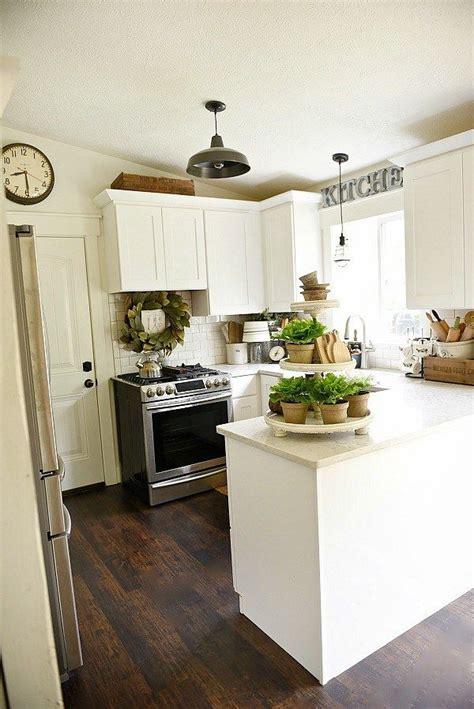 Best 25+ Farmhouse Kitchen Lighting Ideas On Pinterest
