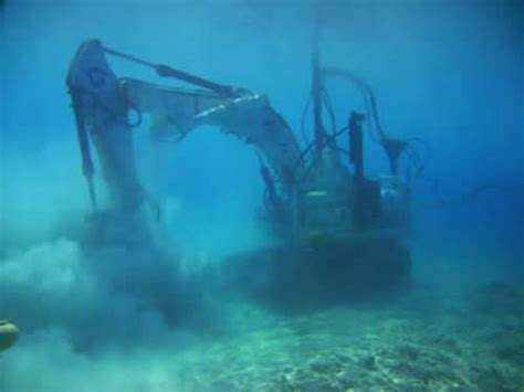 Submarines and ROVs for sale and hire by Silvercrest ...