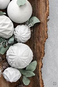 Große Weihnachtskugeln Für Außenbereich : concrete weihnachtskugeln beton diy herzblutprojektsammlung blick7 weihnachtskugeln ~ Eleganceandgraceweddings.com Haus und Dekorationen