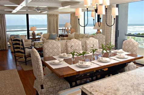 expert tips  sophisticated beach house decor