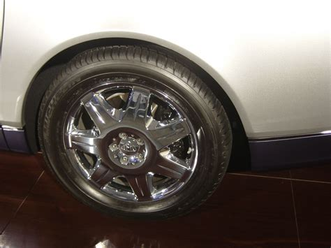 Maybach Rims  2007 Luxury Cars  Car Pictures By Carjunky®