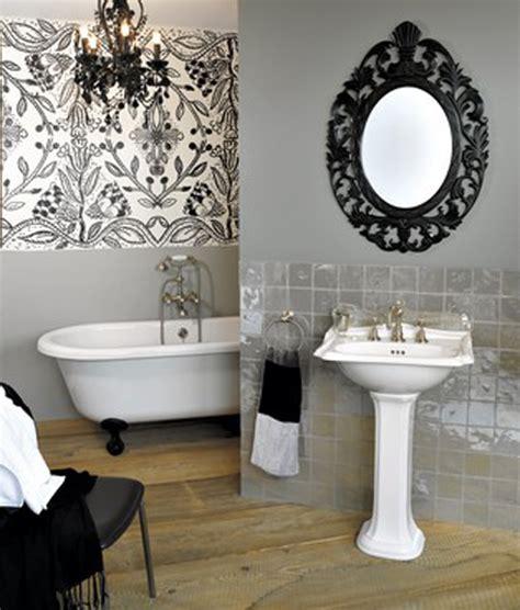 donner un style baroque 224 une salle de bains inspiration