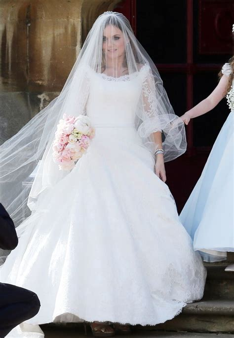 ginger spice geri halliwells wedding dress