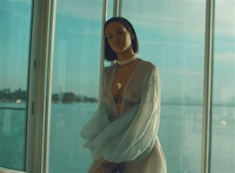 "Rihanna ""needed Me"" Video Hwing"