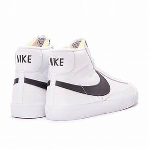 Nike Blazer Mid Retro (White / Black) 845054