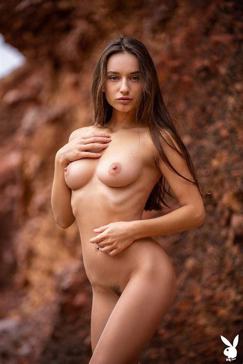 Gloria Sol TheFappening Nude In Canyon Photos The