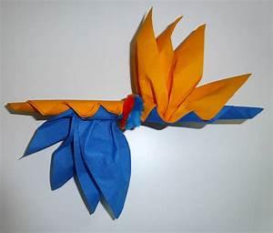 Fleur En Papier Serviette : pliage de serviette de table en forme d 39 oiseau du paradis r aliser une fleur oiseau du paradis ~ Melissatoandfro.com Idées de Décoration