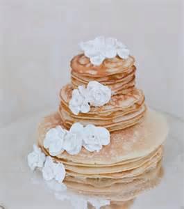 jeux de gateaux de mariage 10 gâteaux de mariage où la crêpe est reine mariage