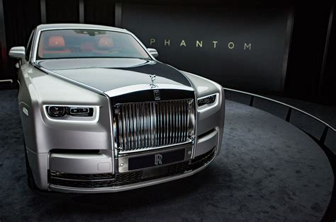 roll royce phantom 2017 refreshing or revolting 2018 rolls royce phantom motor