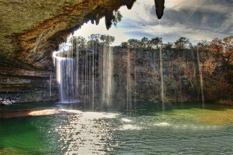 hamilton pool summer swimming spot austin texas