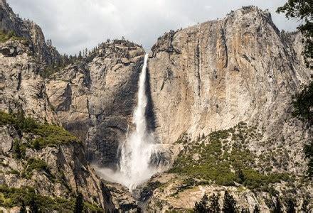 Yosemite Falls Breathtaking Cascade Our Breathing Planet
