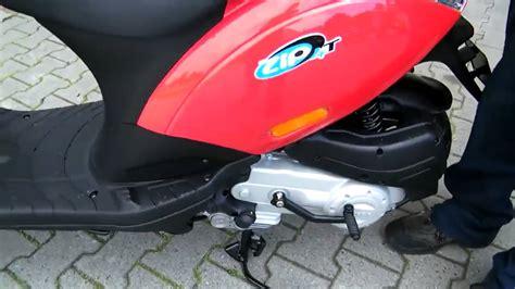 roller lackieren anleitung anleitung piaggio zip 50 2010 roller scooter rot
