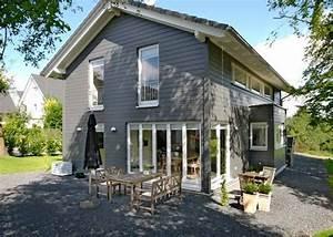 Welche Farbe Für Außenfassade : die besten 25 fassadenfarbe grau ideen auf pinterest fassadenfarbe graue au en h user und ~ Sanjose-hotels-ca.com Haus und Dekorationen