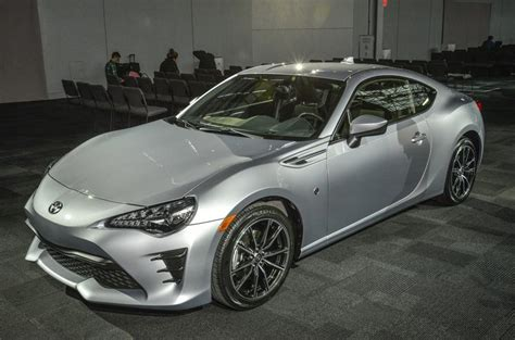 Toyota Gt86 Silver Toyota 2017 toyota gt86 on sale this october from 163 25 495 autocar
