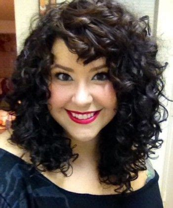 how to style 2c hair mallory s curly hair journey naturallycurly 7321