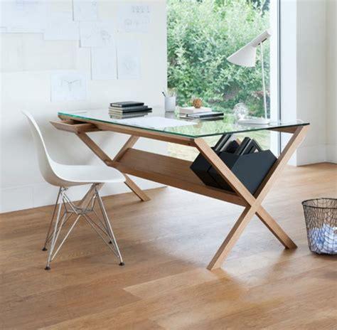 plateau de verre pour bureau le plateau de bureau en verre pour votre office à la