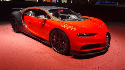 The company released a red, white and blue painted chiron sport in tribute. Bugatti Chiron Sport | Genêve 2018 | Sam | Flickr