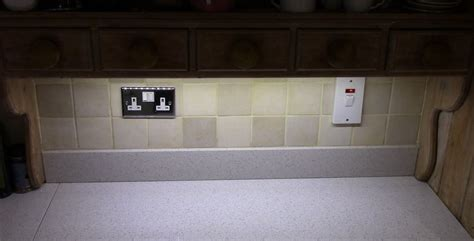 how to install led a kitchen cabinet