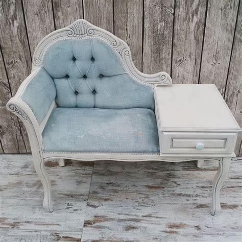 divanetto vintage vintage paint ricolorare un divanetto in velluto vernici