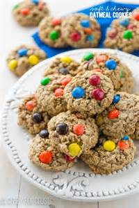 Soft and Chewy Oatmeal Cookies