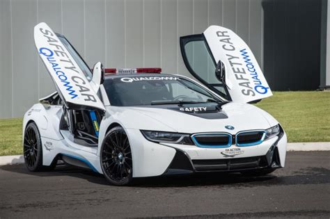 e auto bmw bmw i8 in hybrid coupe to get longer range other updates report