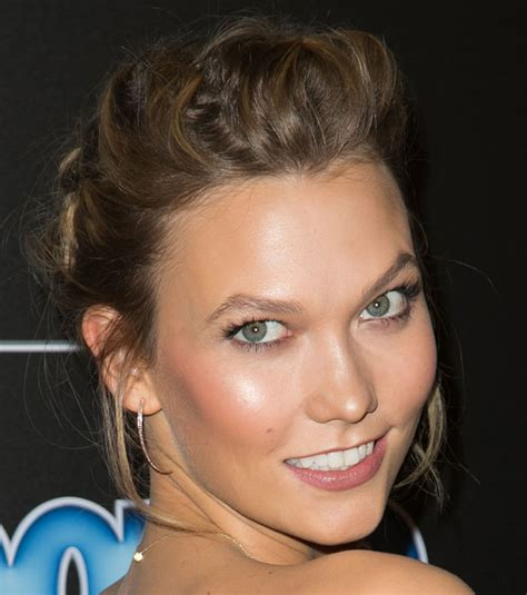 Karlie Kloss Updo Perfect For New Year Eve