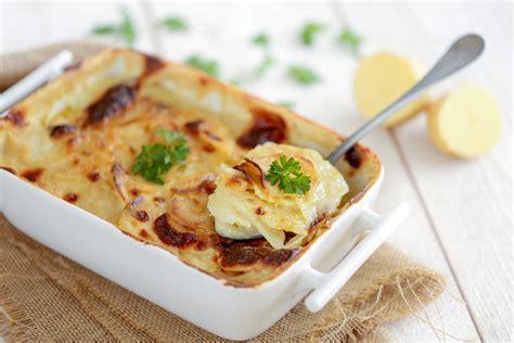 gratin dauphinois hervé cuisine gratin dauphinois la vrai recette classique servir en