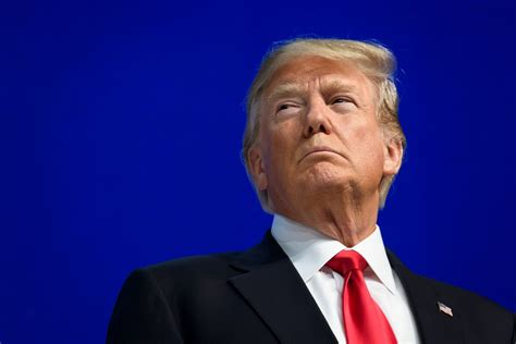 eu promises  fight  donald trump threatens  big trade war