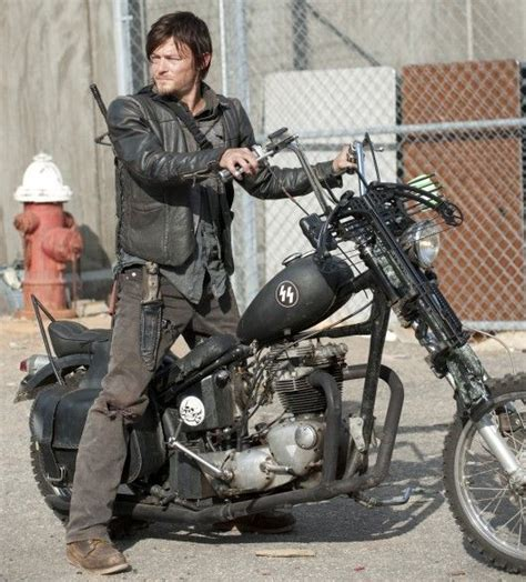 the walking dead bilder the evolution of norman reedus the actor on the walking