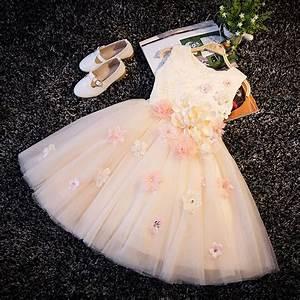 les 25 meilleures idees de la categorie robes de mariage With robe de mariée hiver avec bijoux bapteme pas cher
