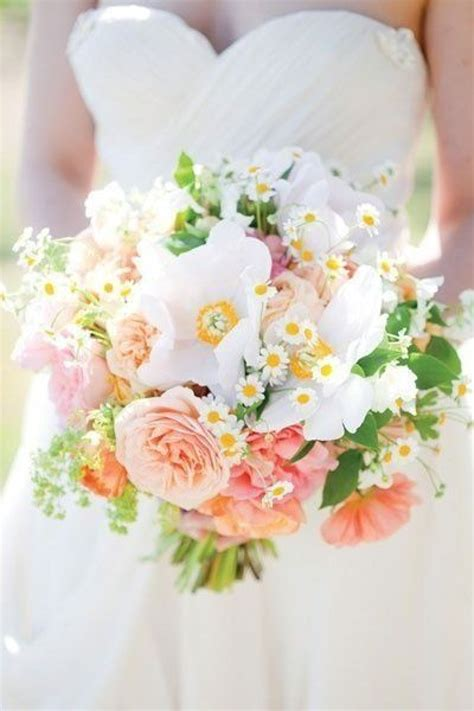 14 Fresh And Fabulous Springsummer Wedding Bouquets