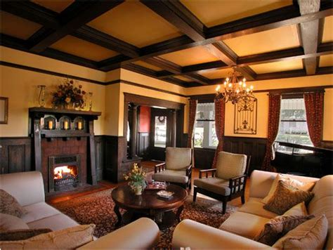 key interiors  shinay arts  crafts living room