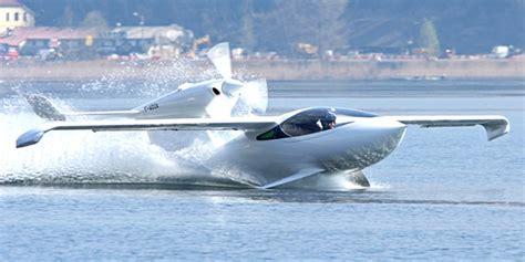 Akoya Amphibious Two-person Skiplane By Lisa Airplanes