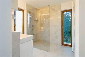 Dusche Mit Glaswand : bodenebene dusche glaswand verschiedene design inspiration und interessante ~ Sanjose-hotels-ca.com Haus und Dekorationen
