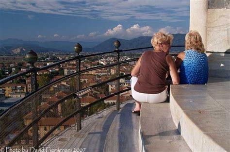 Torre Di Pisa Interno L Incredibile Storia Della Torre Di Pisa Hotelfree It
