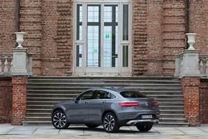 Mercedes Glc Hybride Prix : essai mercedes benz glc coup notre avis sur le rival du bmw x4 l 39 argus ~ Gottalentnigeria.com Avis de Voitures