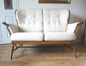 Vintage Sofas : antiques atlas retro ercol windsor golden dawn sofa ~ Pilothousefishingboats.com Haus und Dekorationen