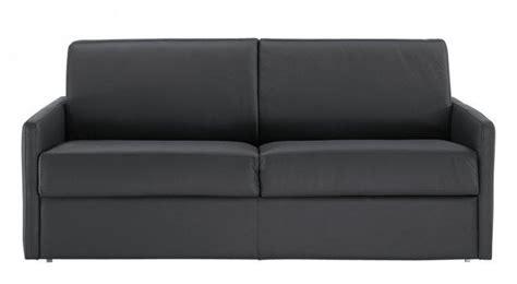 canapé lit pour couchage quotidien canape lit rapido sun cuir accoudoirs fin matelas epais
