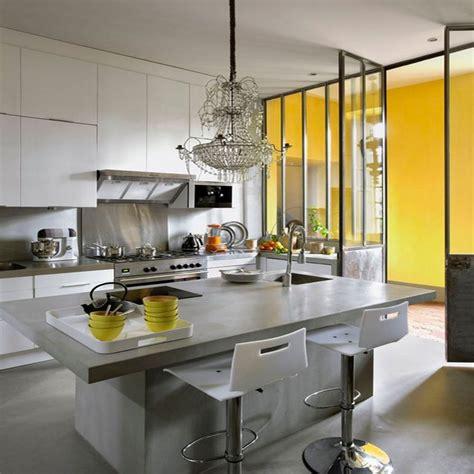 cuisine en metal à quel endroit poser du béton ciré dans la cuisine
