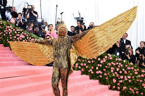 Billy Porter Had Glorious Entrance The Met Gala