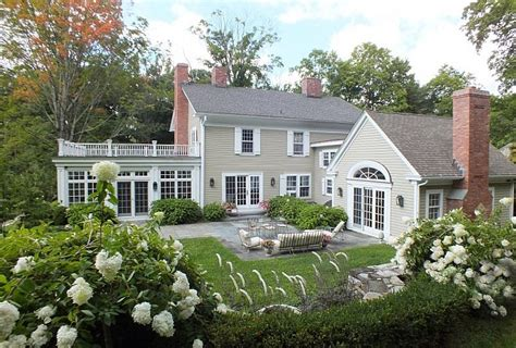 Classic Connecticut Garden by The Border Properties In New York And Connecticut