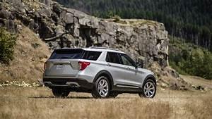 2020 Ford Explorer Reviews