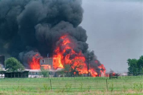 the siege god rocks our 1993 feature on the siege in waco spin