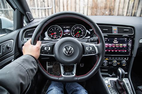 review  volkswagen golf gti autobahn canadian auto