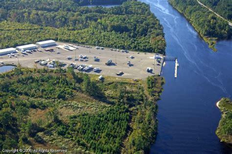 Boat Slips For Rent In Chesapeake Va by Chesapeake Yachts Inc In Chesapeake Virginia United States