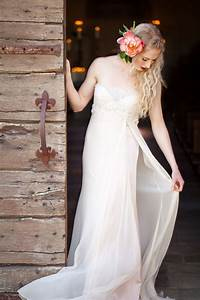 borrow me wedding gowns with kirstie kelly utterly With borrow wedding dress