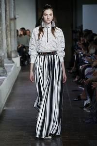 Trends Sommer 2017 : blugirl spring summer 2017 women s collection the skinny beep ~ Buech-reservation.com Haus und Dekorationen
