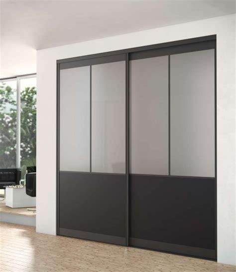 chambre deco industrielle dressing porte placard sogal modèle de porte de