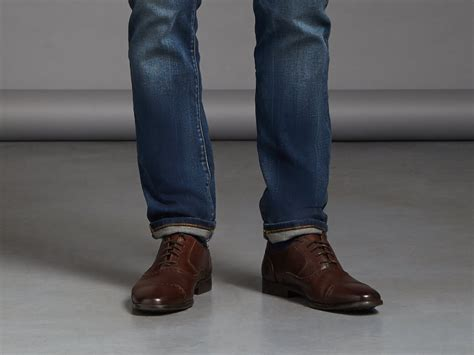 Socks To Wear With Boat Shoes And Jeans by The Right Way To Pair Jeans With Shoes Stitch Fix Men